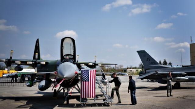 Avioane de ultima generatie, la targul militar de la Romaero