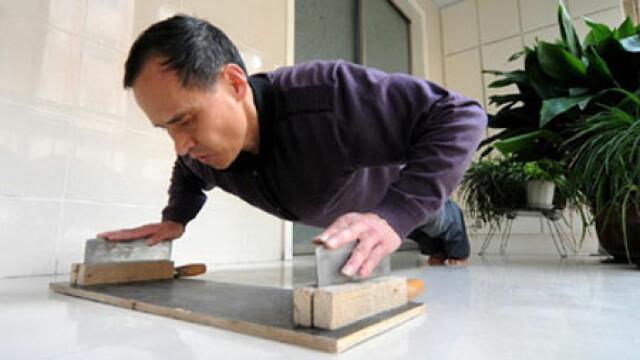 Chinez lame de cutit