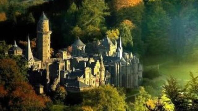 Ultima fita in materie de turism: nopti la castel. Cat costa sa traiesti vremuri demult apuse. FOTO