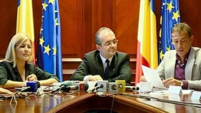 VIDEO. Cum s-a certat primarul Mazare cu premierul Boc si ministrul Udrea