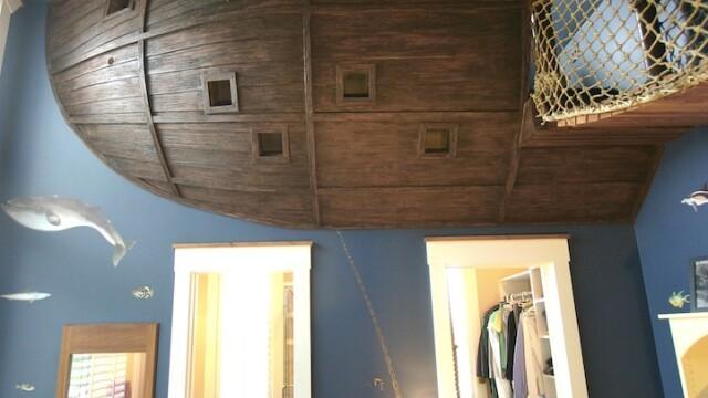 Dormitorul sub forma unei nave-pirat. GALERIE FOTO - Imaginea 2