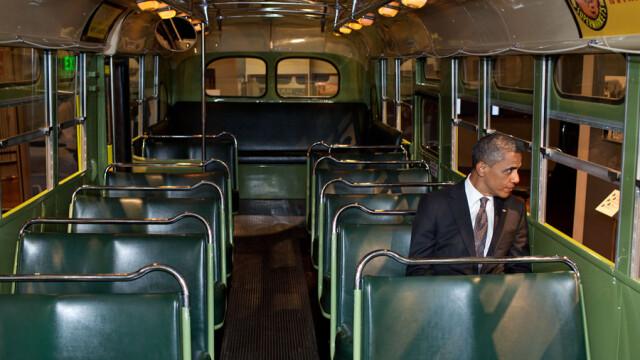 Imaginea simbol care va intra in istoria Statelor Unite. Ce reprezinta aceasta fotografie cu Obama