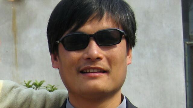 Disidentul chinez Chen Guangcheng a parasit ambasada SUA, unde se ascundea. China, foarte iritata