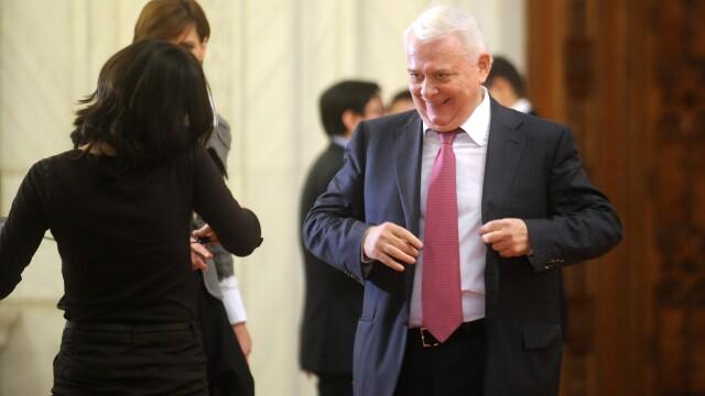 Viorel Hrebenciuc, audiat la DNA. A dat declaratii in calitate de martor in dosarul ce vizeaza suspiciuni de coruptie la CNA