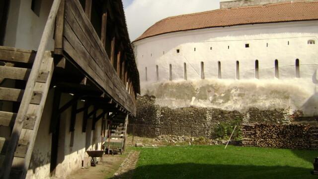 Biserica fortificata de la Prejmer. Vestigii ale cavalerilor teutoni, incluse in patrimoniul UNESCO - Imaginea 4