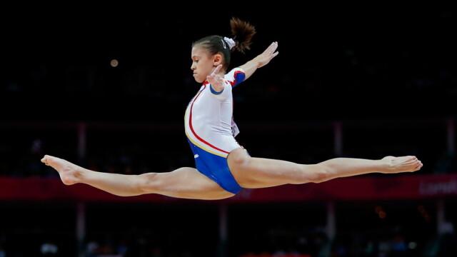 Larisa Iordache, medalie de argint, in finala la sarituri, la CE de la Moscova