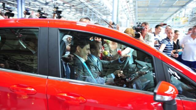 Traian Basescu: Am acasa Ford B-Max, dar nu il conduc ca sa nu fac ce am facut cu Logan-ul