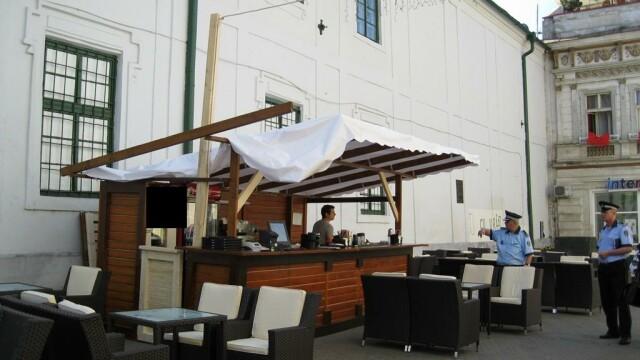O terasa din centrul Timisoarei a fost inchisa pentru ca nu avea autorizatie de functionare