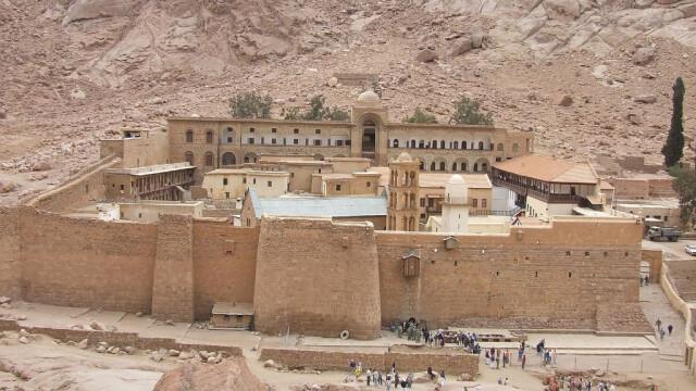 Beduinii de origine romana, in razboi cu parintele contra-terorismului egiptean. Miza: un monument UNESCO - Imaginea 1