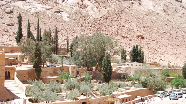 Beduinii de origine romana, in razboi cu parintele contra-terorismului egiptean. Miza: un monument UNESCO - Imaginea 3