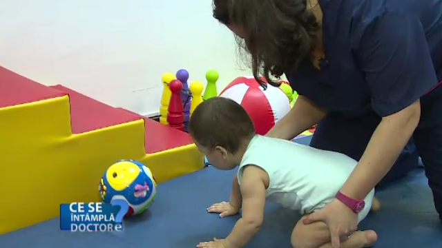 Cum trebuie invatati bebelusii sa mearga. De ce incaltaminte au nevoie si care sunt regulile de mobilitate