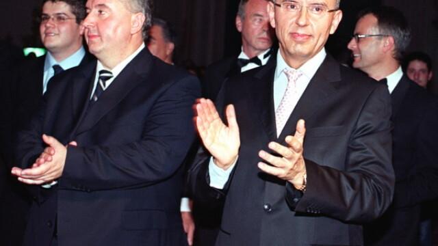 FT: Cazul fratilor Micula ar putea influenta negocierile comerciale intre UE si SUA. Ponta: Suntem intre ciocan si nicovala