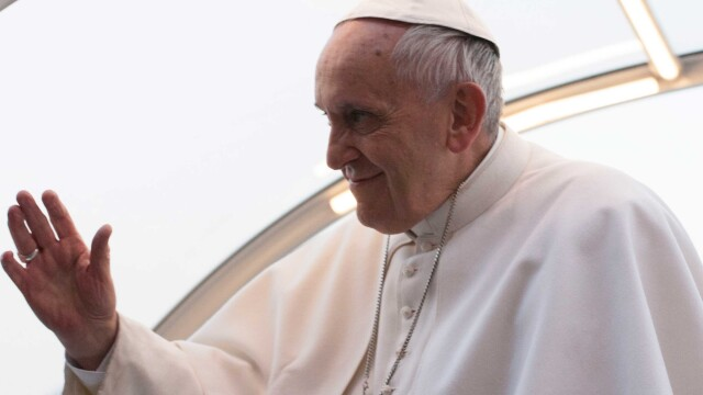 Papa Francisc a cerut preotilor sa ierte femeile care au facut avort, cu ocazia Jubileului Milostivirii
