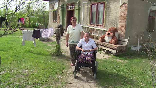Exemplul dat de Francesca, care a ramas fara picioare din cauza unei boli grave. Cea mai mare dorinta a adolescentei
