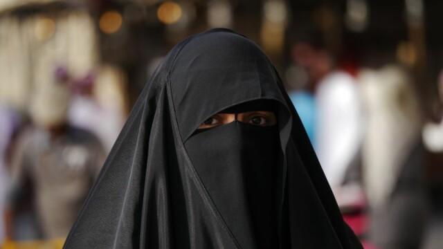 Calvarul femeilor care traiesc in zonele ocupate de ISIS. \