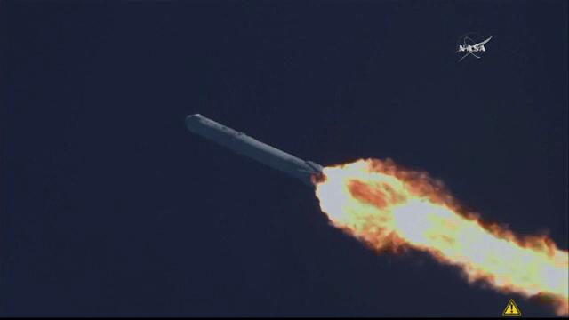 Capsula Dragon, lansata de compania SpaceX, a ajuns pe statia spatiala internationala. Ce misiune va indeplini acolo