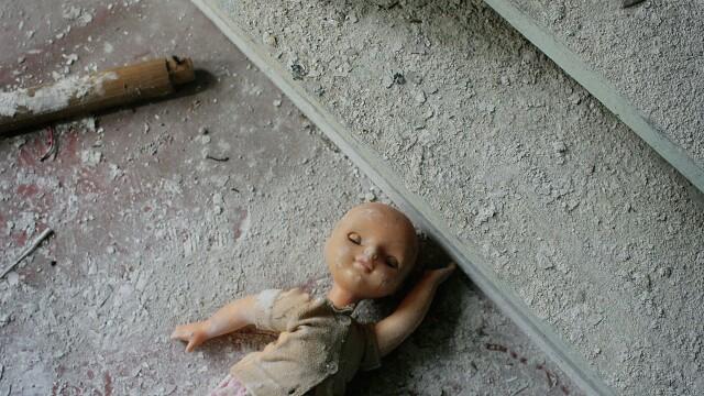 30 DE ANI de la Cernobil. Cum a fost prezentat in Romania accidentul nuclear care continua sa faca victime si astazi - Imaginea 10