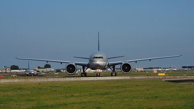 Regele din Qatar are 26 de rude rapite de teroristi si a trimis un avion cu bani rascumparare. Ce s-a intamplat cu aeronava