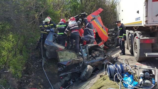 O familie intreaga a murit in accidentul din judetul Olt. Noul bilant: 5 decedati si un ranit. Cum s-a produs tragedia - Imaginea 5