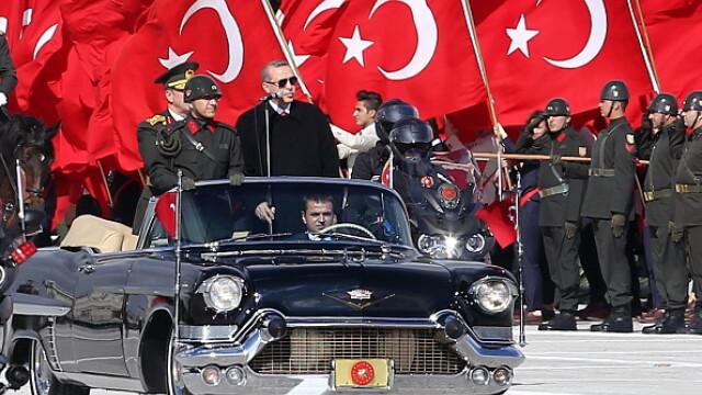 Erdogan a dat in judecata un fost oficial al Pentagonului pentru ca l-ar fi insultat. Ce a scris americanul pe Twitter