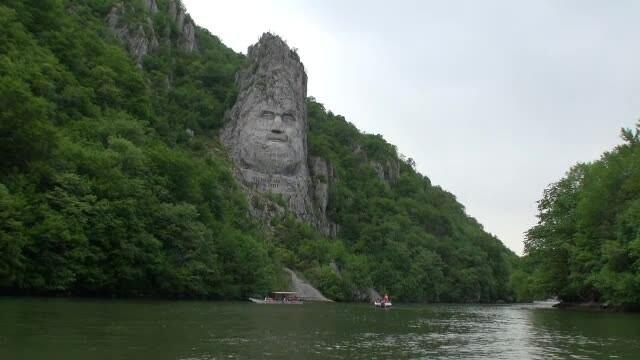 Clisura Dunarii, preferata de turisti in aceste zile. \