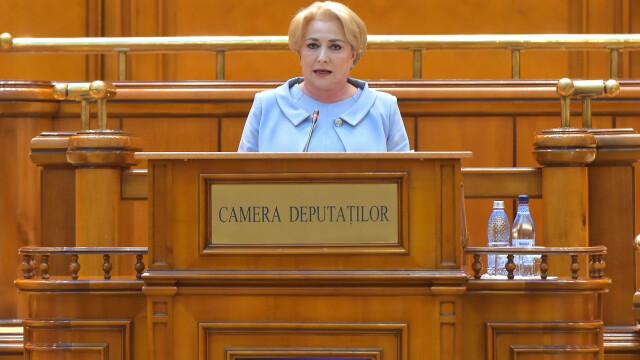 Un colaj VIDEO cu gafele premierului Viorica Dăncilă a ajuns viral pe Facebook