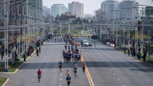 430 de străini au participat la un maraton organizat la Phenian