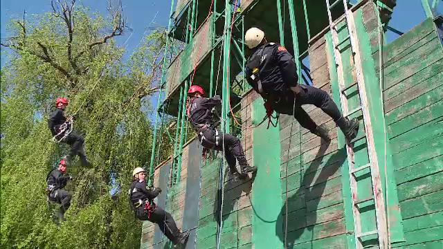 Pompierii din Capitală au participat la un exercițiu. Sfaturile care pot salva vieți
