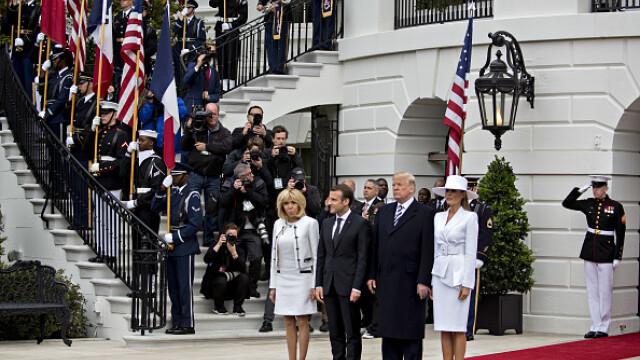 Momentul în care Melania Trump refuză, din nou, să-și ia de mână soțul. VIDEO