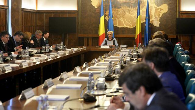 Autorizarea SPP pentru mașinile în care se deplasează Papa, în ședința de Guvern