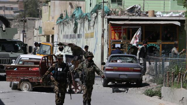 Explozii puternice în Afganistan. Sunt mai mulți morţi şi răniţi. GALERIE FOTO - Imaginea 4