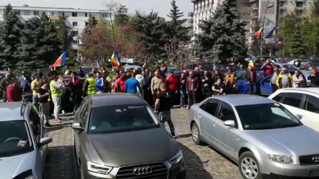 Protest al șoferilor din Botoșani. De ce au blocat traficul din oraș - Imaginea 2