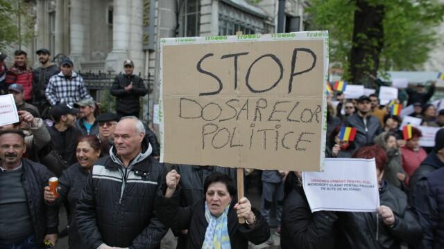 Procesul lui Liviu Dragnea. Instanța a decis amânarea judecării pentru 20 mai - Imaginea 17