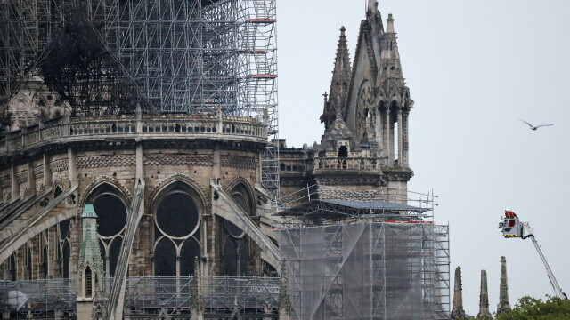 """Gestul unui copil de 9 ani, după incendiul de la Notre Dame. """"Sper să nu dureze mult"""""""