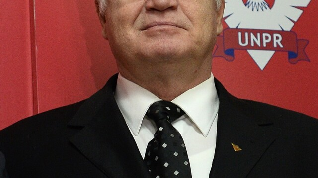 Cine este Eugen Nicolicea, propus la ministerul Justiţiei. A studiat Calculatoare şi Drept - Imaginea 2