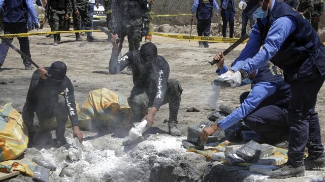 Regimul din Venezuela exportă sute de tone de cocaină, cu avioane \