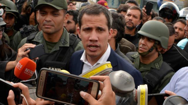 Colonel venezuelean, susținător al lui Maduro, împușcat în gât. Anunțul președintelui - Imaginea 13