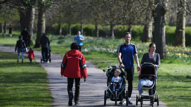 Marea Britanie ia în calcul interzicerea exercițiilor fizice în afara locuinței - Imaginea 3
