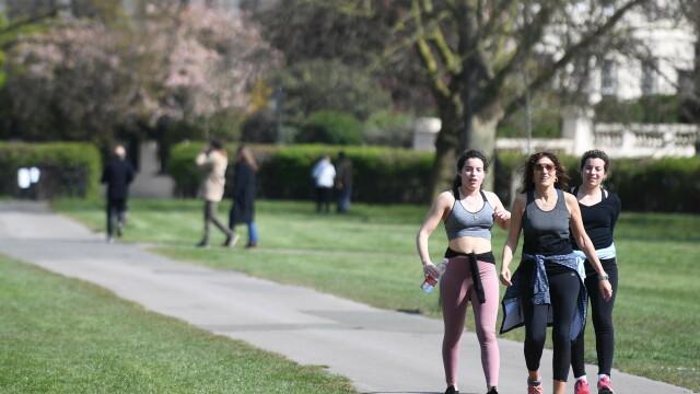 Marea Britanie ia în calcul interzicerea exercițiilor fizice în afara locuinței - Imaginea 4