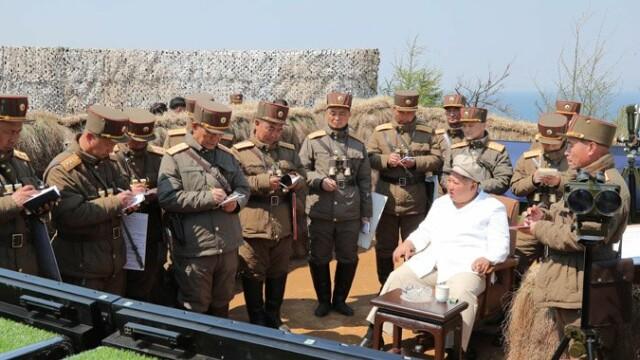Kim Jong Un a supervizat un exerciţiu militar. Anunțul agenției de presă nord-coreene - Imaginea 2