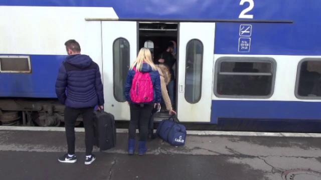 """Semnal de alarmă la CFR Călători: Lider sindical - """"Trenurile de navetiști sunt supra-aglomerate și cu 100%"""""""