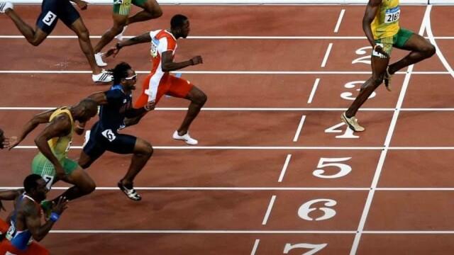 Usain Bolt promoveză distanțarea socială într-un mod original. Ce a postat