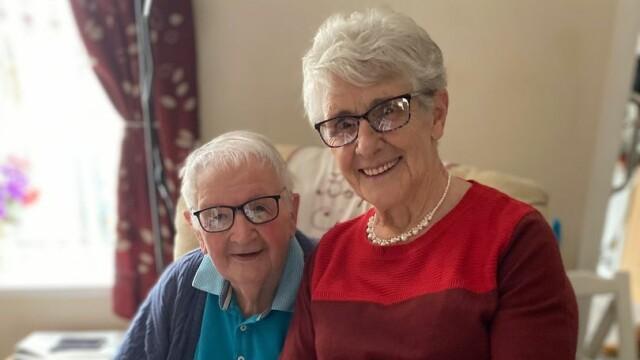 Un cuplu din UK a murit din cauza Covid-19, fără să fi ieșit din casă de la declanșarea pandemiei