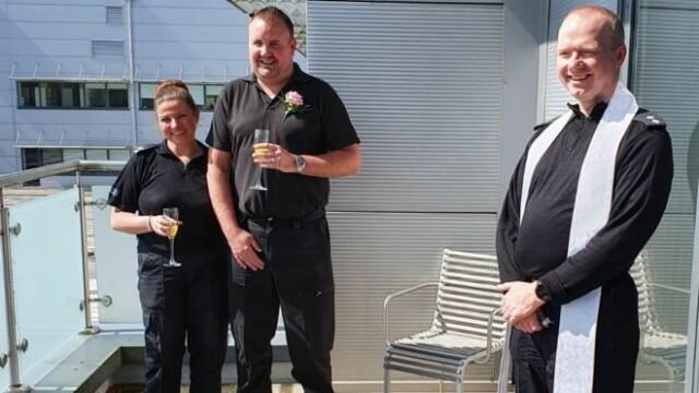 Nunta politisti UK
