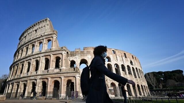 Italia deschide sezonul turistic în iunie. Turiștii trebuie să prezinte un certificat de vaccinare