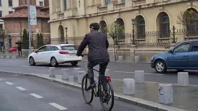 Klaus Iohannis, bicicleta