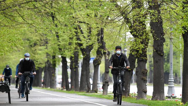 Klaus Iohannis, bicicleta - 2