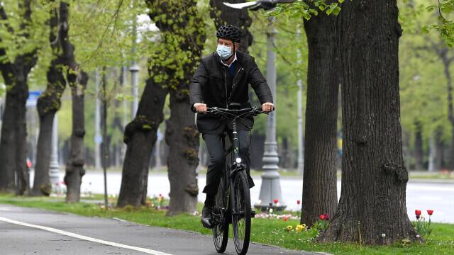 Klaus Iohannis, bicicleta - 4