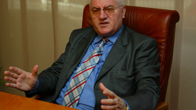 Stolojan: Conducerea PDL nu a discutat despre candidatura lui Dragomir