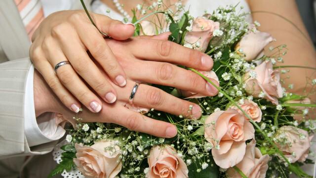 Au visat la o nunta deosebita, dar ceremonia a trebuit amanata. Ce s-a intamplat cu verighetele